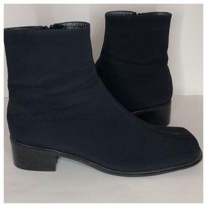 STUART WEITZMAN Women's Gore-Tex Ankle Boots 8.5